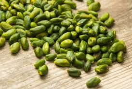 Green  pistachio (Pistacia vera)